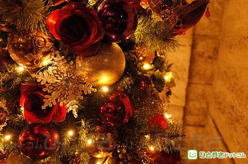 クリスマス・ツリーの飾り付け
